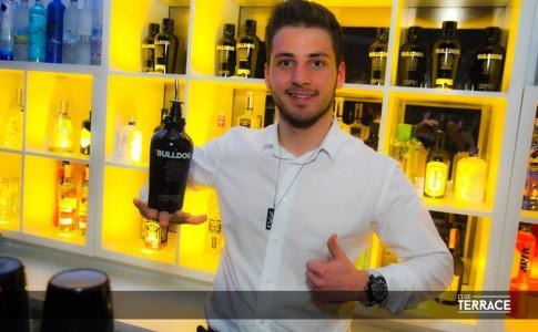 Barman Daniel Ferreira