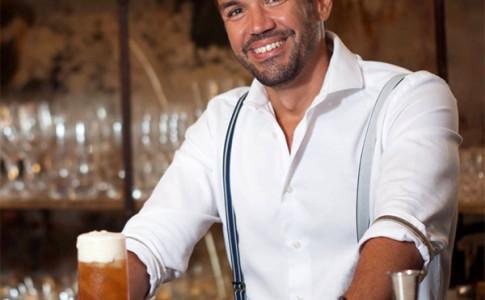 Barman Guilherme Lacerda