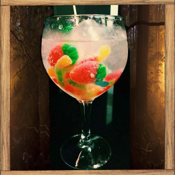 Gin-Tonico-com-Gomas