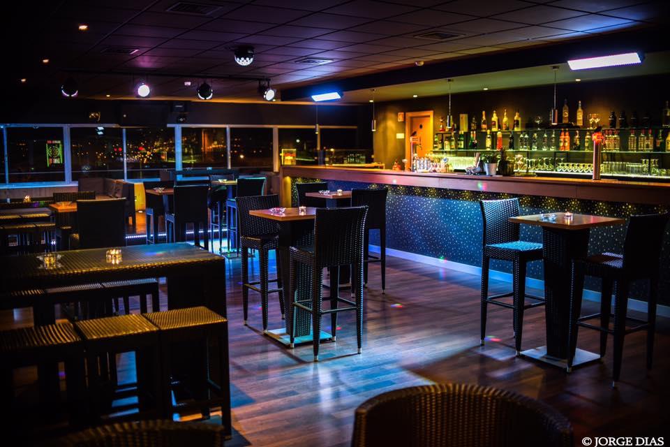 Friend's Lounge Bar